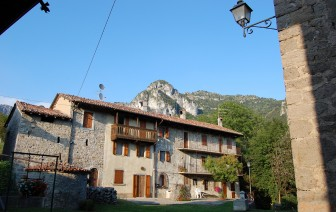 "Bed and Breakfast ""Castello Regina"""