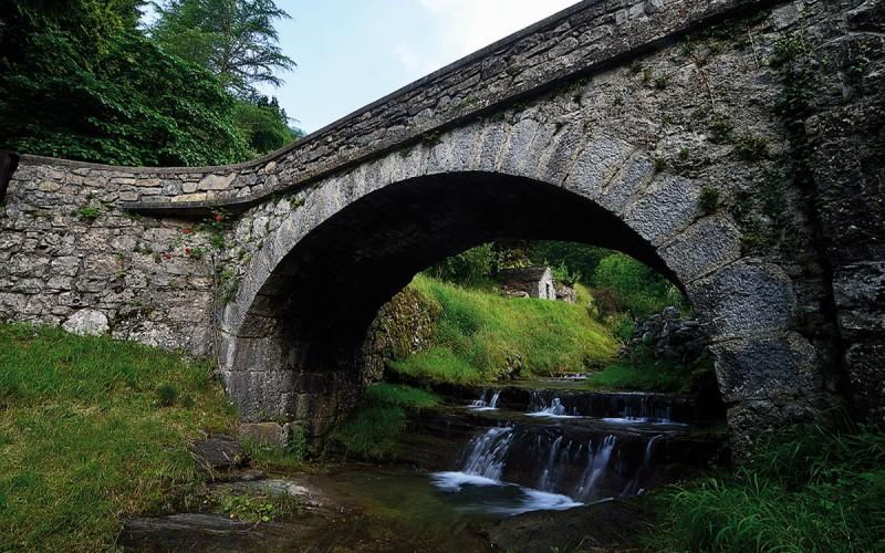 Ponte sulla strada per il Santuario della Foppa