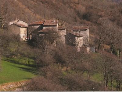webITINERARIO ANELLO DELLA REGINA1996 Fienili del Cerro fotoTito Terzi.jpg